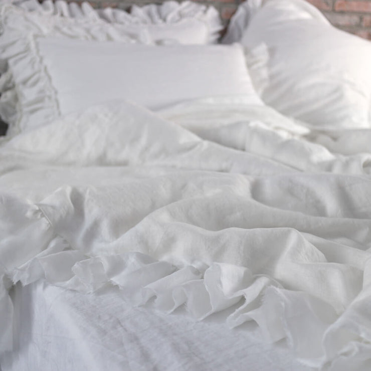 Romantic Duvet Cover with Frayed Ruffles