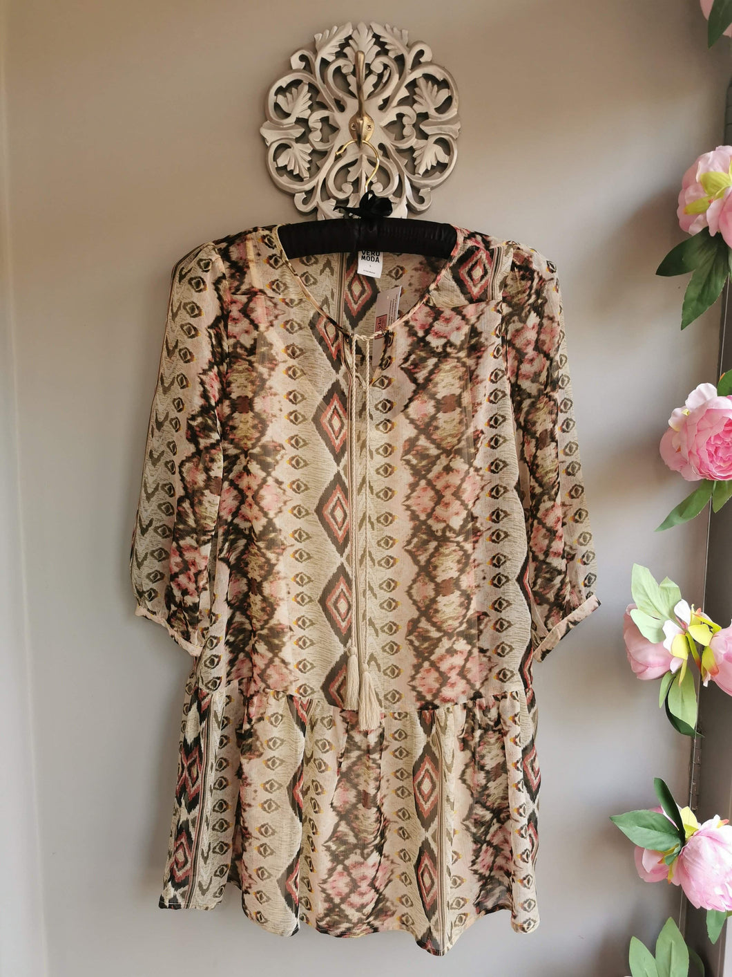 SALE WAS £32... Aztec kaftan in beige brown & dusty pink with tassles