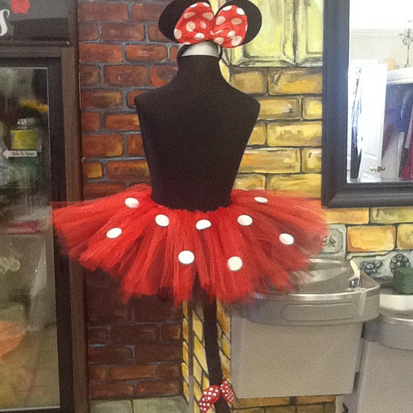 Minnie mouse tutu with tail and light up Polk a dot bow, Disney outfit, Minnie mouse birthday outfit, first birthday tutu