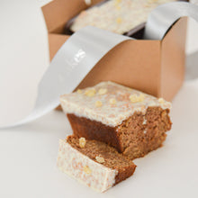 Load image into Gallery viewer, Apple Spice Cakes - limited edition (2 per order)
