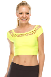 PEEPING SHORT SLEEVE CROP TOP