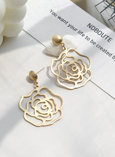 Gold Women's Earings Floral Alloy Fashion Earings LC01839-12