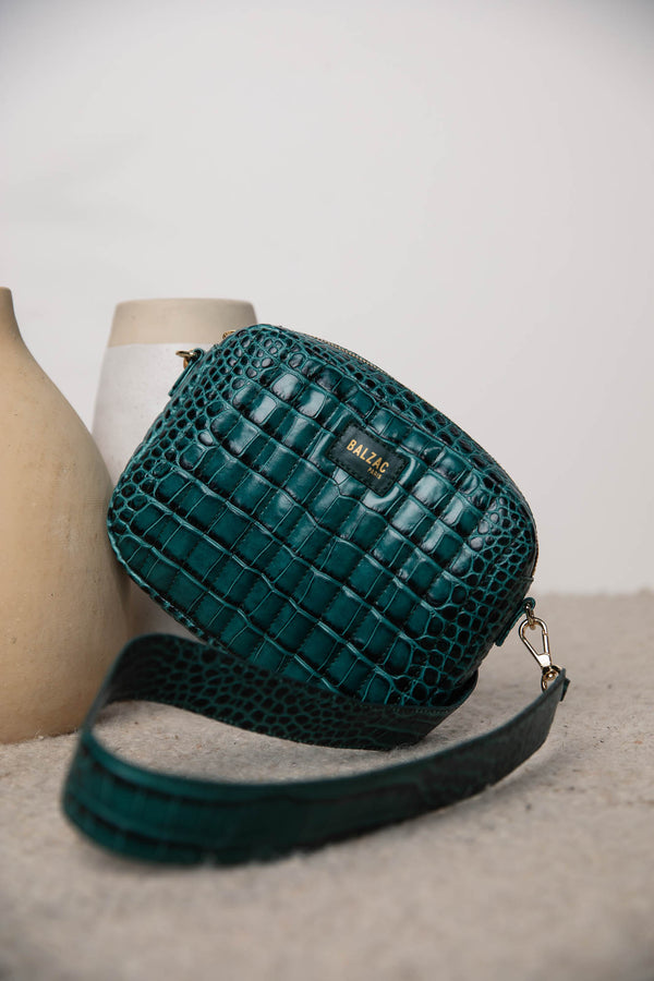 embossed-green-cesar-bag