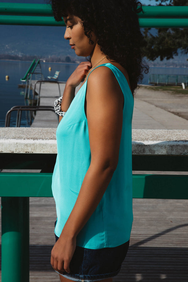 top-max-turquoise-decollete-dos-viscose-ecovero