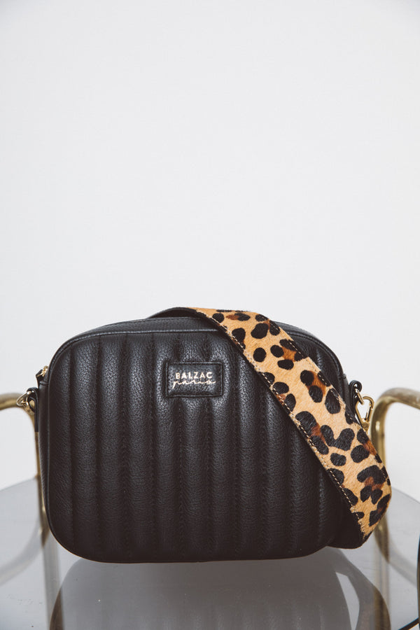 cesar-leopard-handle-blackbag