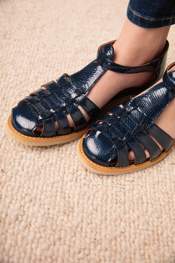 blue-theoline-sandals