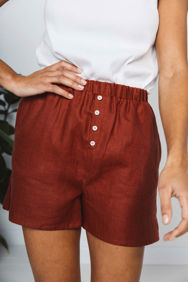 infini-short-in-terracotta-linen