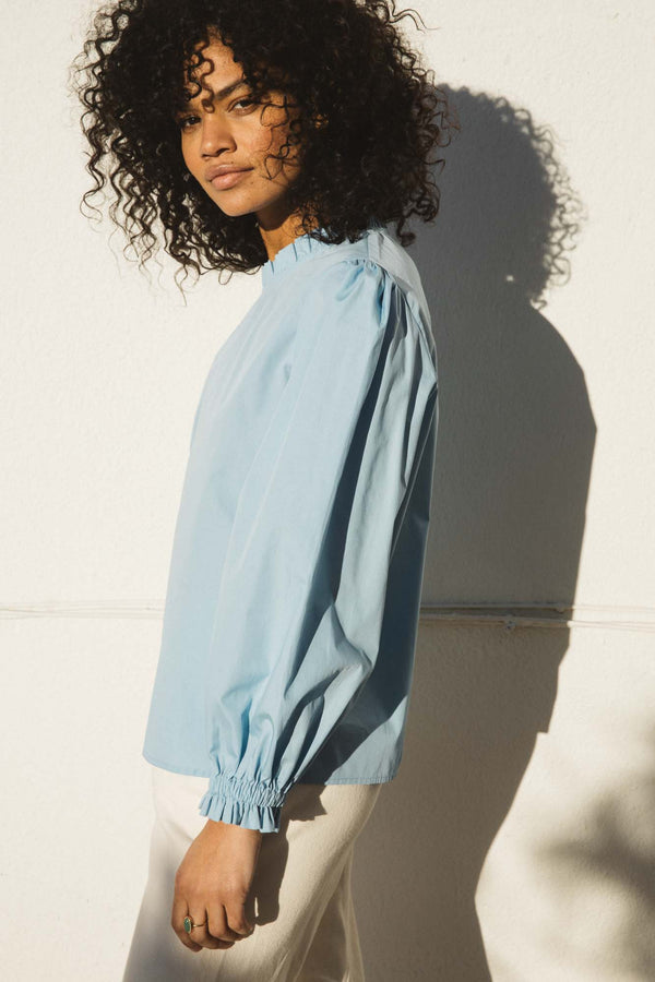 leonia-ice-blue-blouse-in-organic-cotton