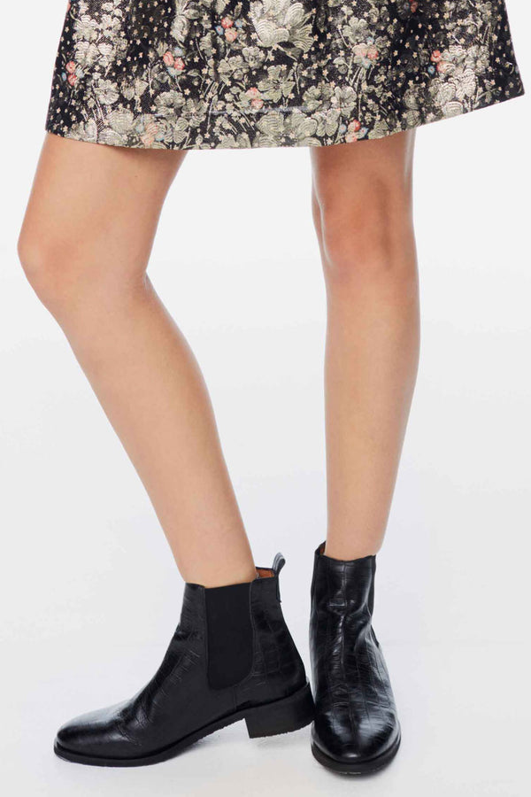 bottines-josepha-noires-embossees