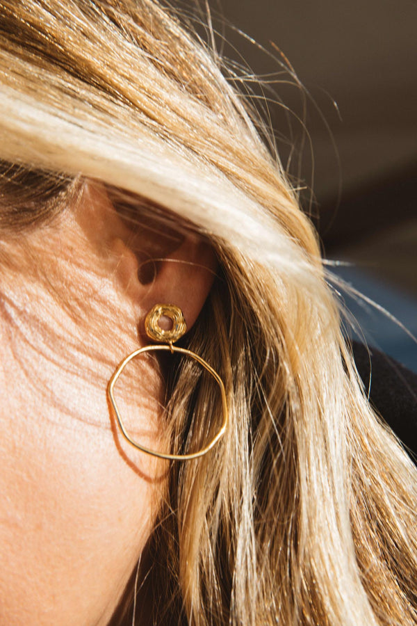 golden-linus-earrings
