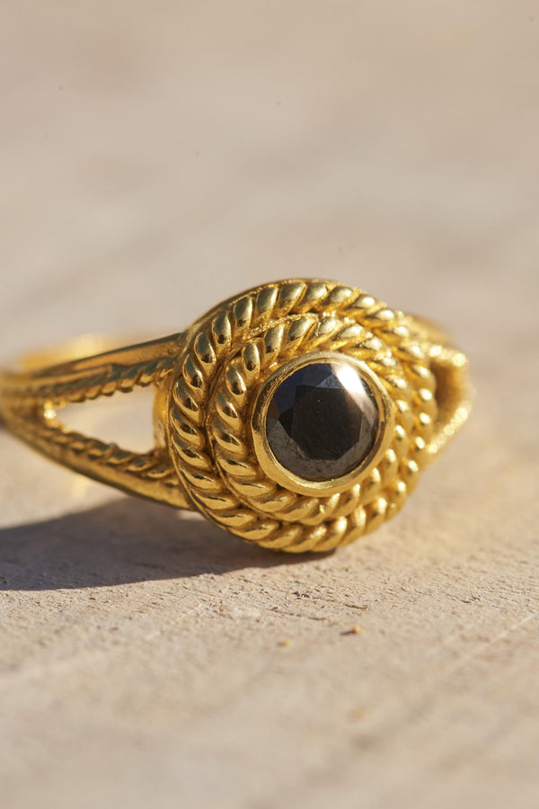 black-calixte-ring-black