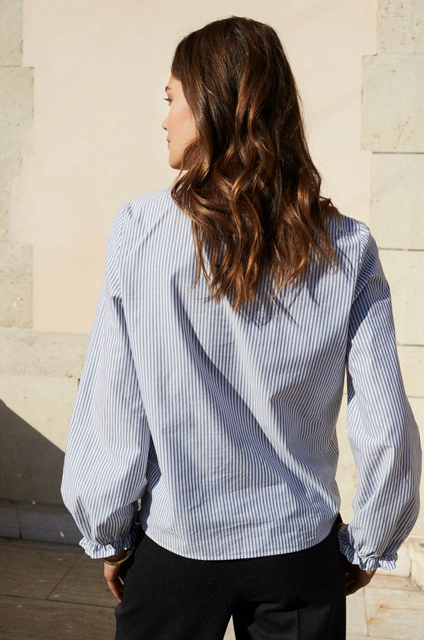 chemise-cleore-a-rayures-bleues