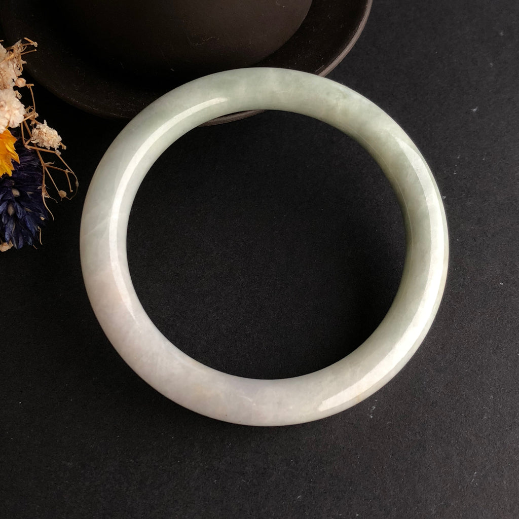 SOLD OUT: 52.7mm A-Grade Type A Natural Jadeite Jade White and Green Traditional Round Bangle No.151444