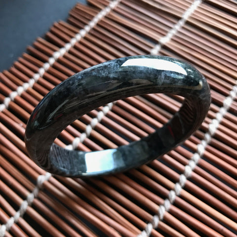 SOLD OUT: 58.5mm A-Grade Type A Jadeite Jade Modern Round Jet Black Bangle No.151038