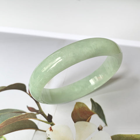 53mm A-Grade Green Jadeite Modern Oval Bangle No.151756
