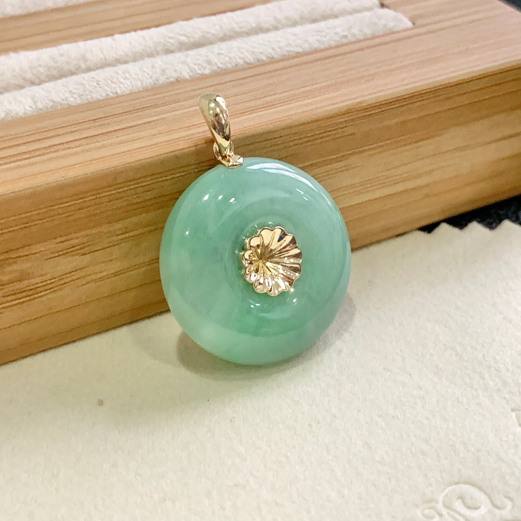SOLD OUT: Setting Balance A-Grade Natural Green Jadeite Donut Pendant No.171285S