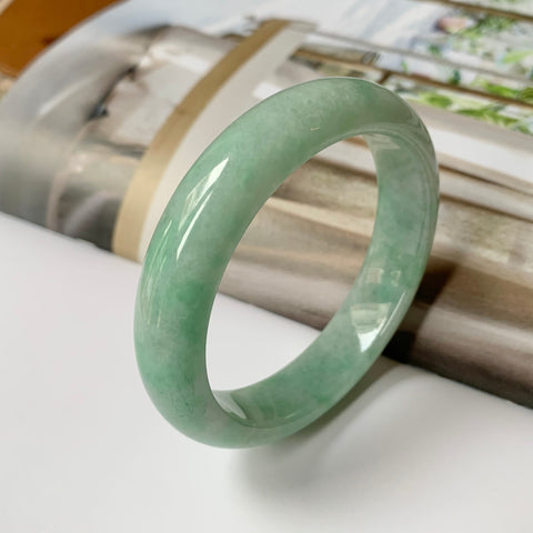 56.4mm A-Grade Natural Green Jadeite Modern Round Bangle No.151792