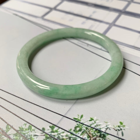 55.6mm A-Grade Natural Green Jadeite Traditional Round Bangle No.151801