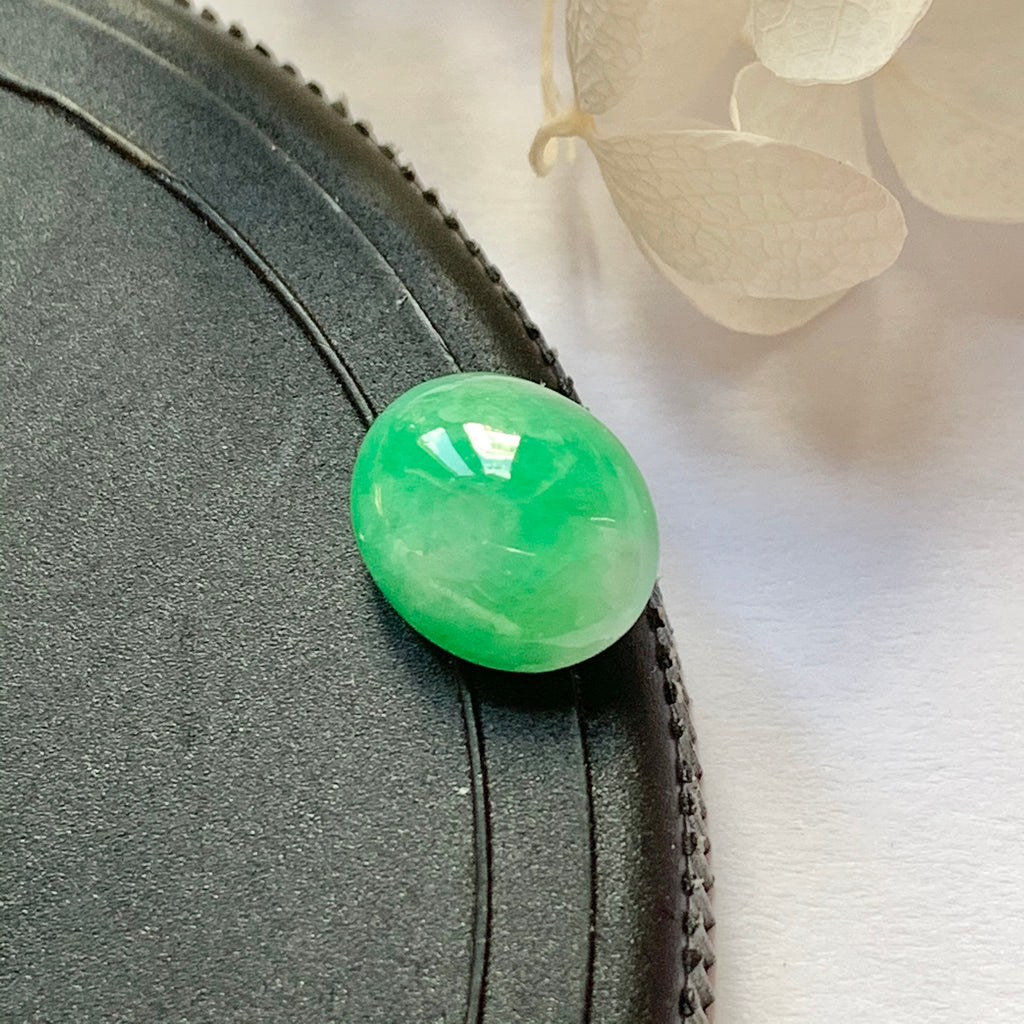 3.3ct A-Grade Natural Moss On Snow Jadeite Oval Cabochon No.130213