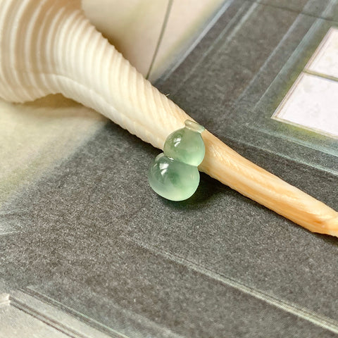 SOLD OUT: Icy A-Grade Natural Jadeite Calabash (Hulu) No.171416