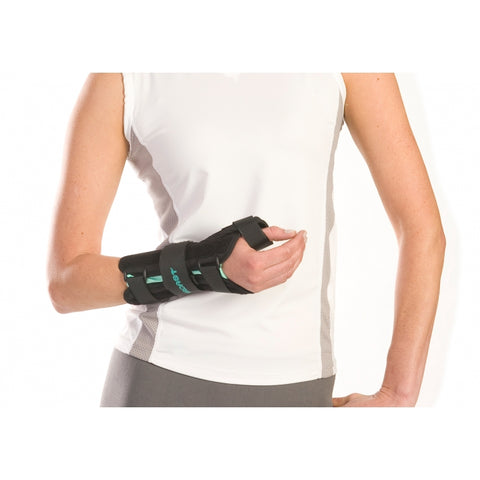 Aircast® A2™ Wrist Brace With Thumb Spica