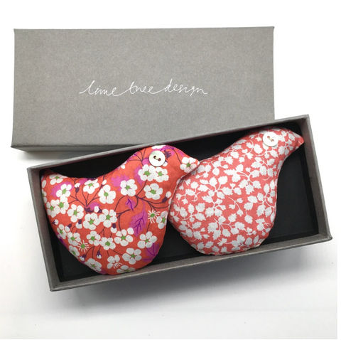 Box of 2 Lavender Birds - Hen Party