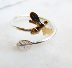 Bee & Leaf Ring Gold