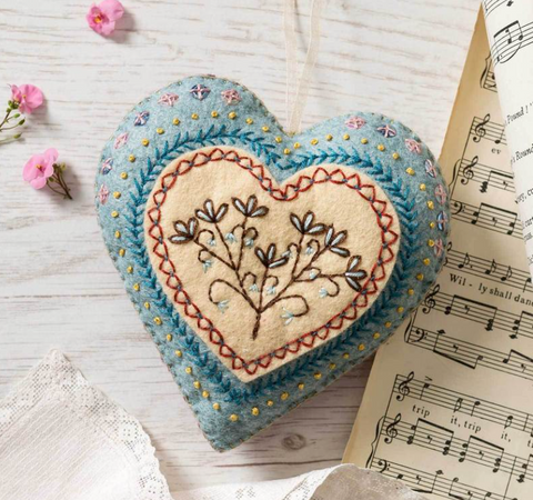 Felt Embroidered Heart Kit