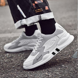 Men Shoes Fashion Comfortable Lightweight Male Casual Sneakers High Quality Popular Men Chaussure Homme Soft Footwear
