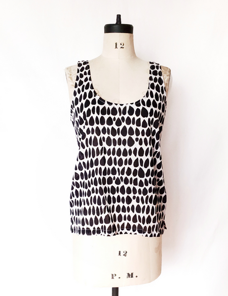 Tank Top in Black and White Butti print