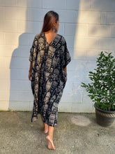 Load image into Gallery viewer, Midi Caftan Double gauze printed