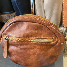 Load image into Gallery viewer, Vintage Leather Round Shoulder Bag