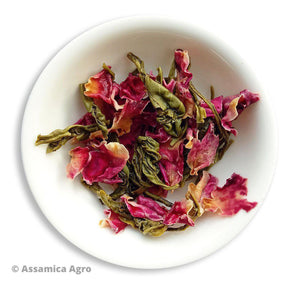 Load image into Gallery viewer, Organic Rose Green Tea: Rose Green Allure - Wet Leaves