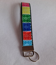 Load image into Gallery viewer, Papel picado wristlet key chain