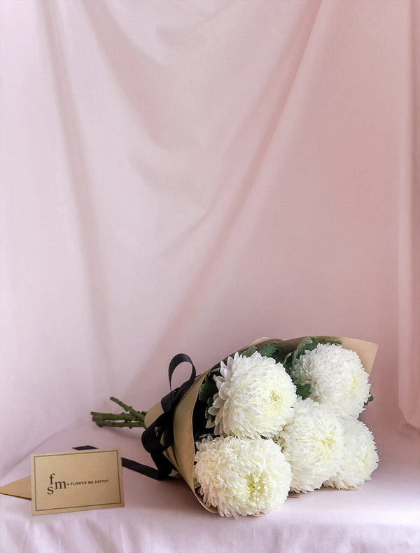 Chrysanthemum MUM white flower bouquet. Wrapped in brown kraft or burlap. Melbourne Flower Delivery.