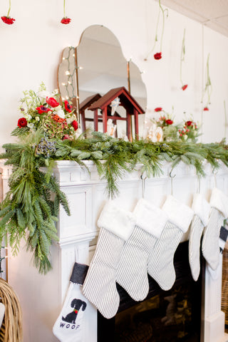Fresh Christmas Mantel Garland