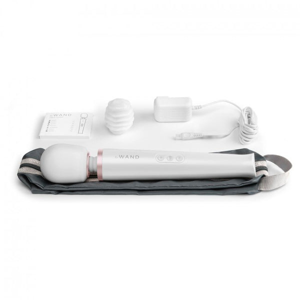 Rechargeable White Massager by Le Wand