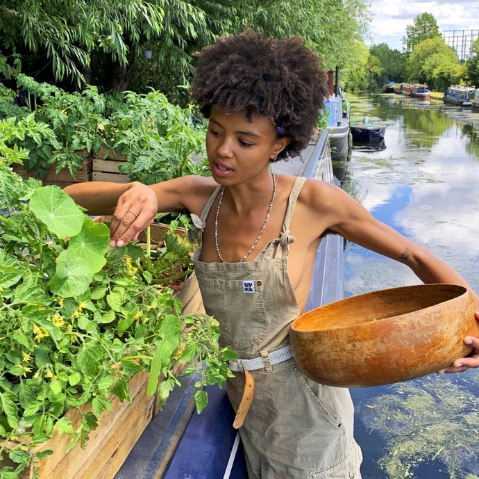 FORAGING & HERBALISM WITH POPPY OKOTCHA