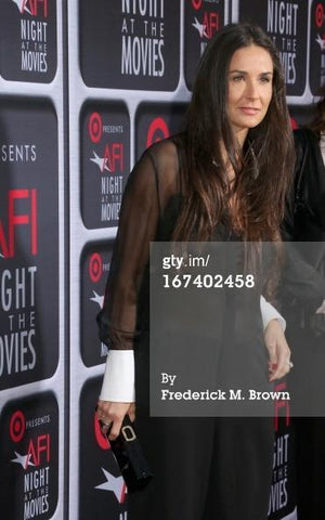 Load image into Gallery viewer, Demi Moore As Seen Wearing  Emerald-Cut Green Tourmaline & Diamond Ring