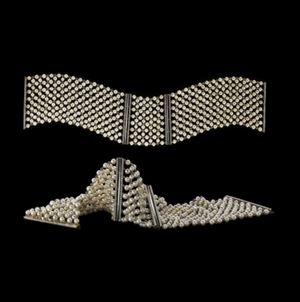 Load image into Gallery viewer, A Pair of Cuffs Pearl Mesh & Diamond - Alexandra Mor online