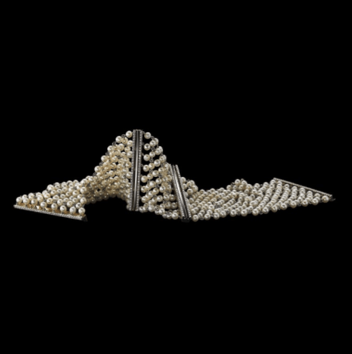 A Pair of Cuffs Pearl Mesh & Diamond - Alexandra Mor online