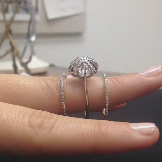 Load and play video in Gallery viewer, Platinum Signature Diamond Snowflake Three Ring Set with Round Center Diamond