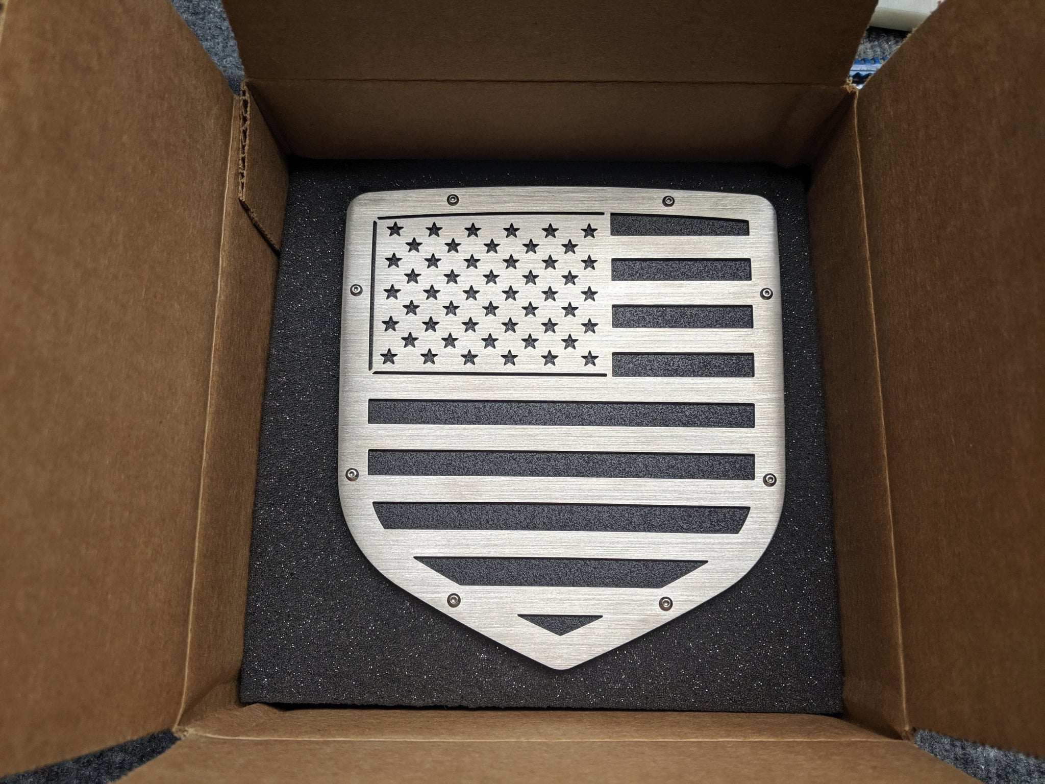 Ready to Ship - American Flag Tailgate Emblem w/Bolts - Fits 2009-2018 Ram® 1500, 2500, 3500