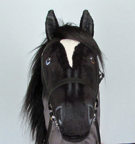 Blue roan Hobby Horse open mouth with removable leather bridle