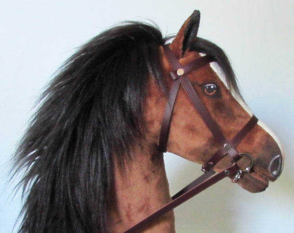 Bright bay Hobby Horse open mouth with removable leather bridle