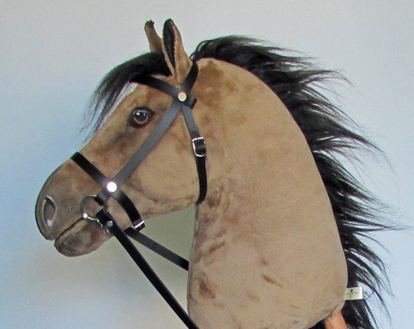 Dun Hobby Horse open mouth with removable leather bridle