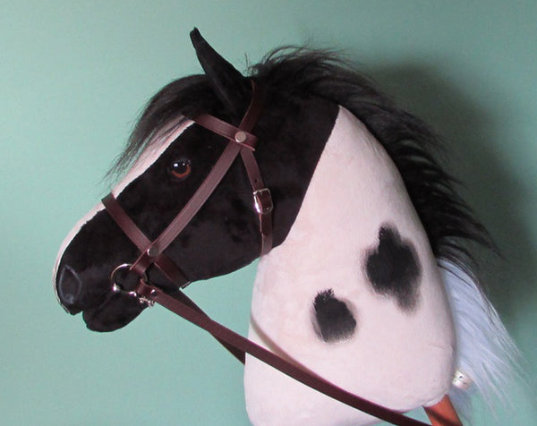 Piebald (pinto) Hobby Horse open mouth with removable leather bridle