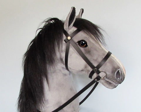 Silver grey Hobby Horse open mouth with removable leather bridle