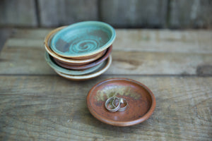 Tiny Bowls and Dishes