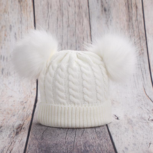 Load image into Gallery viewer, Pom Pom Beanie - KoKo Bean